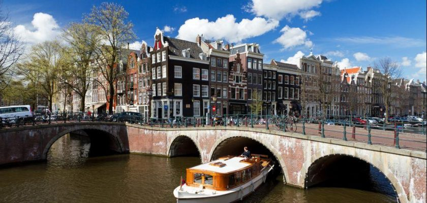 hidden gems to see in Amsterdam